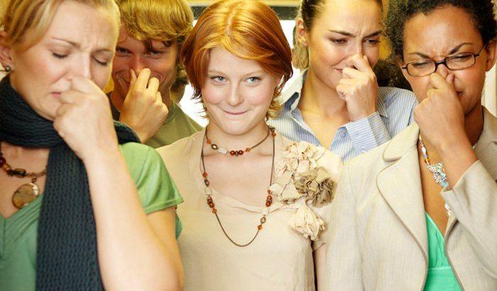 causes of body odour | Mololo Cosmetics